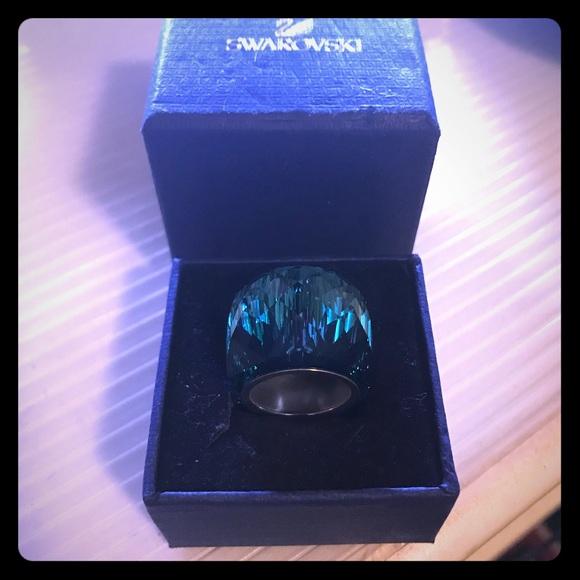 fd5115565b2a8 Large Nirvana Crystal Ring